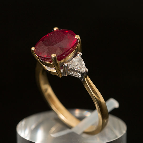 18ct Gold Ruby Diamond Ring